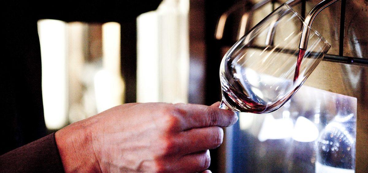 Napa Technology - WineStation - Wine Dispenser & Wine Preservation System